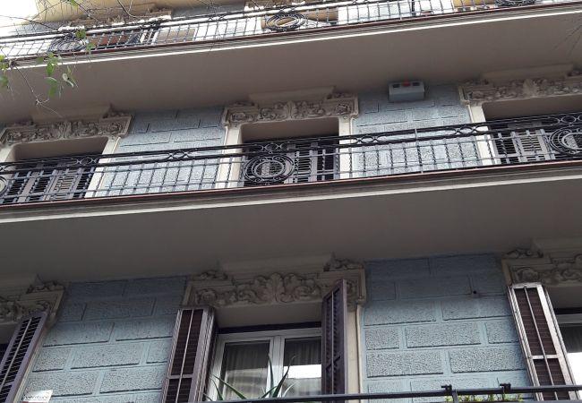 Ferielejlighed i Barcelona - CALABRIA, central, large, 4 bedrooms