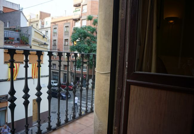 Ferienwohnung in Barcelona - OLIVERA, balcony, Plaza España, La Fira