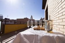 Ferienwohnung in Madrid - ATOCHA-M30- HOSPITAL GREGORIO MARAÑON. ATICO DUPLEX 7 PAX