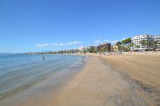 Appartement in Salou - Mar y Luz:80m Playa Ponent y Paseo Marítimo-A/C,Wifi+Ropa gratis