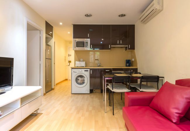 Appartement in Barcelona - PARLAMENT, balcony, Sant Antoni market.