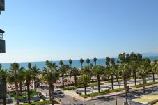 Appartement in Salou - Formentor:Terraza vista mar-80metros playa-A/C,wifi,ropa,parking gratis