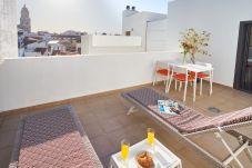 Appartement in Málaga stad - LU&CIA OASIS CON TERRAZA