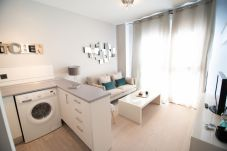Appartement in Madrid - M (JMC 5) APARTMENT 1 ROOM 2 PAX PARKING BERNABEU STADIUM - MADRID BUSINESS CENTER