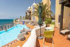 Appartement in San Bartolomé de Tirajana - Altamar 28 with terrace&pool By CanariasGetaway
