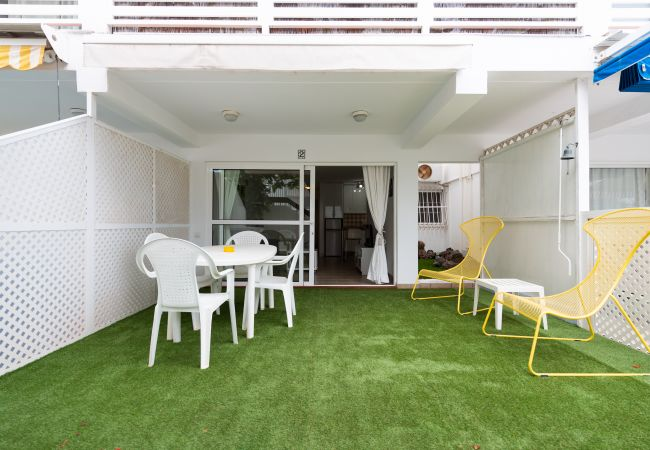 Apartamento en San Bartolomé de Tirajana - Las Adelfas South Beach 2 by CanariasGetaway
