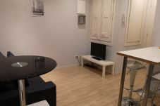 Apartamento en Barcelona - Piso renovado con encanto en alquiler vacacional en Barcelona centro, Gracia