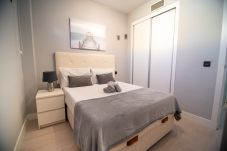 Apartamento en Madrid - M (JMC 5) APARTMENT 1 ROOM 2 PAX PARKING BERNABEU STADIUM - MADRID BUSINESS CENTER