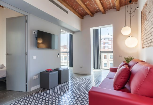 Appartement design avec 3 chambres et accès à la terrasse commune dans le centre de Barcelone