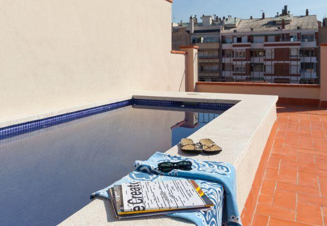 Appartement à Barcelone - Family DELUXE appartement avec terrasse et piscine à Barcelone centre