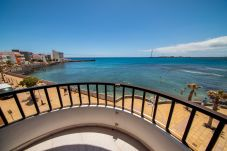 Appartement à Arinaga - Front line with balcony by CanariasGetaway