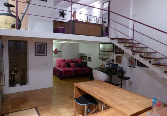 Appartements a barcelona ciudad design loft apartment - Appartement design retro rustique barcelone ...