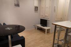Appartamento a Barcelona - Piso renovado con encanto en alquiler vacacional en Barcelona centro, Gracia