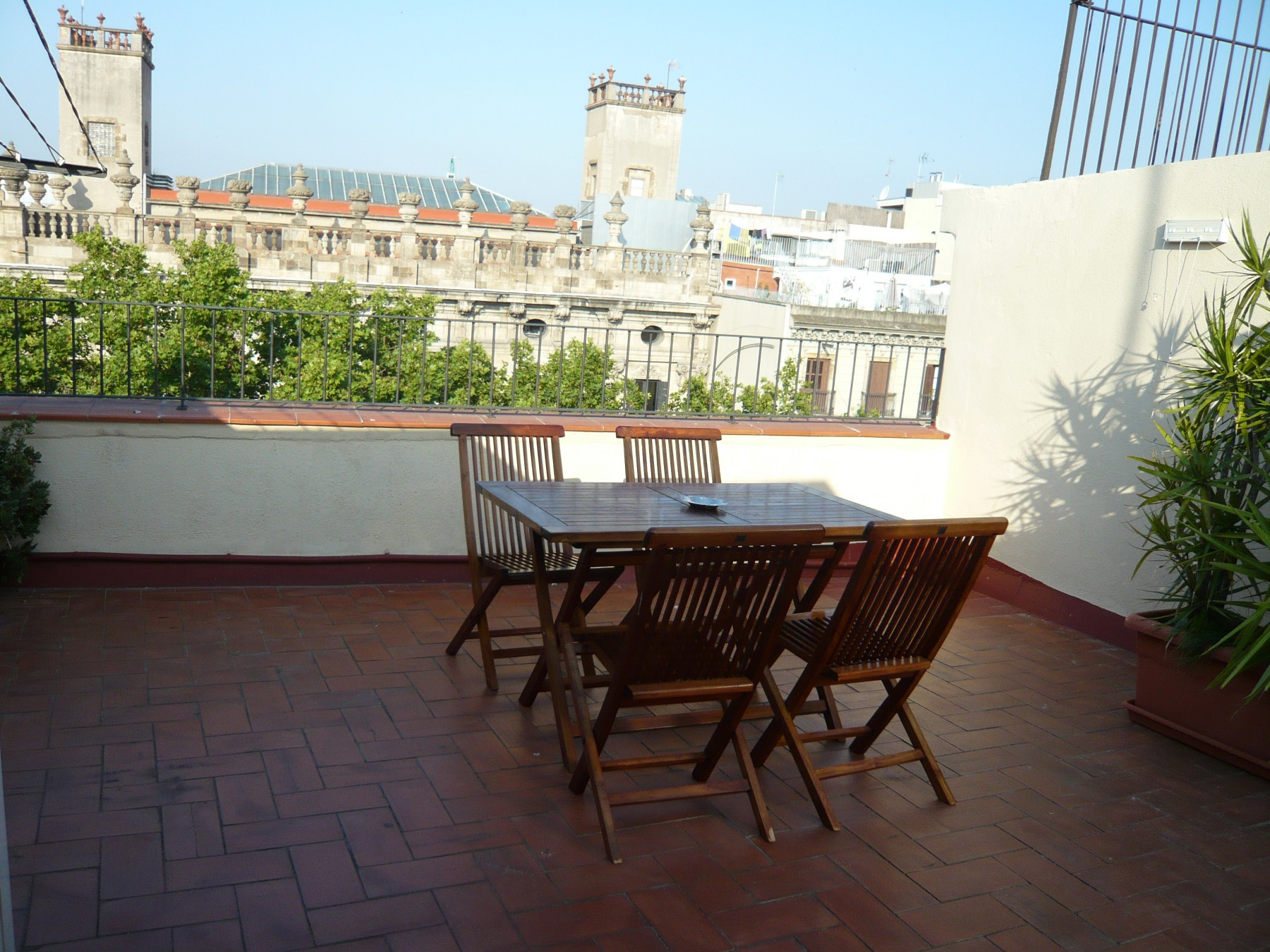 GOTHIC - Balcony & shared terrace apartment - Apartments ...