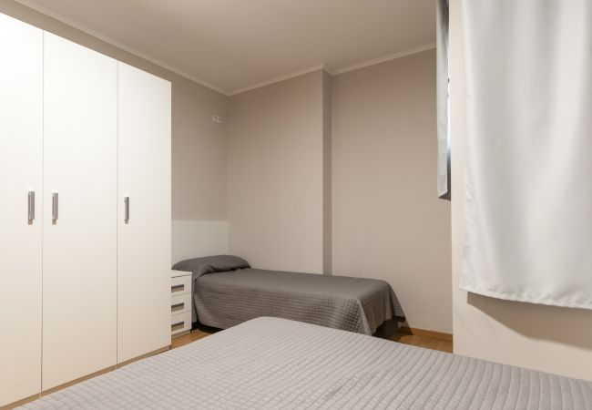 Apartment in Barcelona - POBLE NOU MARINA, comfy, 3 double bedrooms
