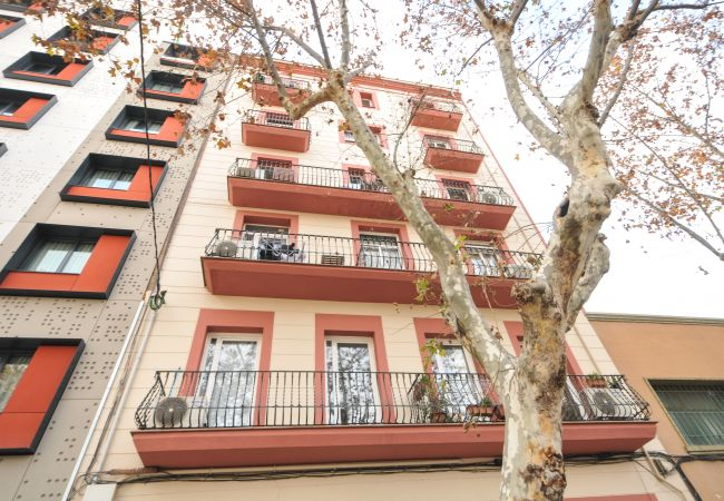 Apartment in Barcelona - POBLE NOU MARINA, 3 double bedrooms with balcony