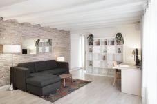 Apartment in Barcelona - ATIC PORT
