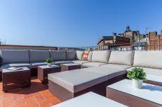 Apartment in Barcelona - EIXAMPLE CENTER DELUXE 3 bedrooms
