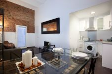 Apartment in Barcelona - SAGRADA FAMILIA B-1