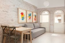 Apartment in Barcelona - BORN 3