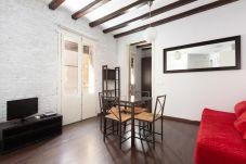 Apartment in Barcelona - BARCELONETA 1