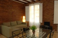 Apartment in Barcelona - RAMBLAS 2-1