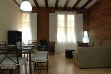 Apartment in Barcelona - RAMBLAS 2-2
