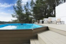 House in Sant Pere de Ribes - Villa in the forest near beach, SANT PERE RIBES