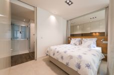 Apartamento em Las Palmas de Gran Canaria - NOVO E MODERNO COM VISTA LATERAL PARA A PRAIA