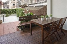 Apartment in Barcelona - Excellent!Centric, Terrace and Wifi-0-Dormitorios