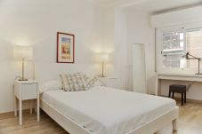 Apartment in Barcelona - Roger 32 2-1
