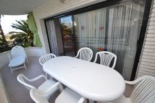 Apartment in Salou - Riviera Park 2:Terrace pool view-Near Salou Beaches and Center-A/C et linen included