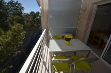 Studio in Salou - Calafont 4: Pool-50meters beach-Free A/C,parking,wifi
