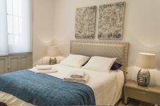 Apartment in Madrid - Apartment Madrid Downtown Puerta del Sol M (PRE2A)