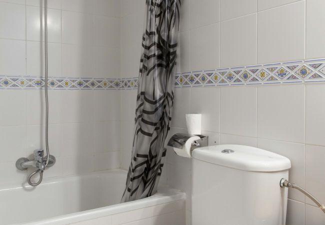 Apartment in Madrid - M (QUE8) Oferta Ap Madrid Pza Olavide