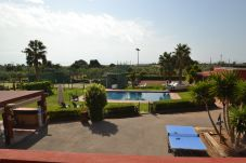 Cottage in Cambrils - Finca Miguel:30hectares with pool,terraces,playground-Free Wifi,A/C,linen gratis-4km Cambrils y Salou