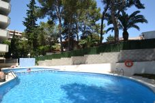 Apartment in Salou - Cancun:Salou's Centre-Free fully air-conditioned + Wifi+Linen-Pool-Near beaches