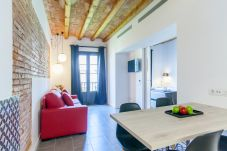 Apartment in Barcelona - DELUXE apartment with terrace and pool for rent in Barcelona center