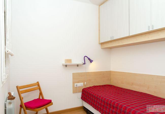 Apartment in Barcelona - GRACIA ROSE, 4 bedrooms, balcony