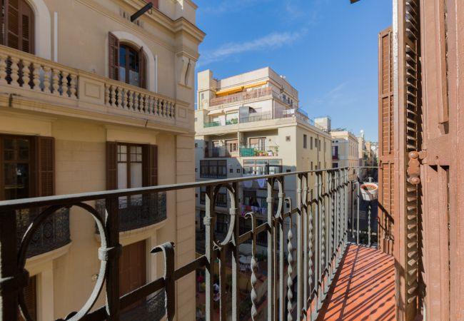 Apartment in Barcelona - GRACIA, classy & sunny, 2 bedrooms
