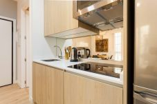 Apartment in Madrid - Modern Madrid Downtown Puerta Del Sol M (PRE3B)