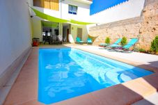 Photo de la piscina de la casa de pueblo en Muro Mallorca