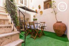 Apartment in Lisbon - BAIRRO ALTO VINTAGE