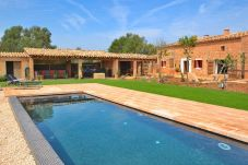 Cottage in Llubi - Can Cortana rustic villa with pool in a quiet area 005
