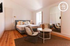 Apartment in Lisbon - COMBRO SUITES IV