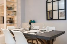 Apartment in Seville - Hommyhome San Isidoro