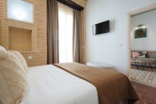 Rent by room in Seville - Casa Assle Suite Balconies 1