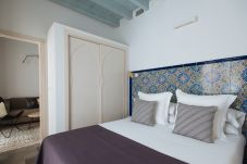 Rent by room in Seville - Casa Assle Suite balconies 2