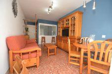 Apartment in Salou - Gavina Salou 2: Near Salou's Beach&Center-Free Wifi,A/C,Linen