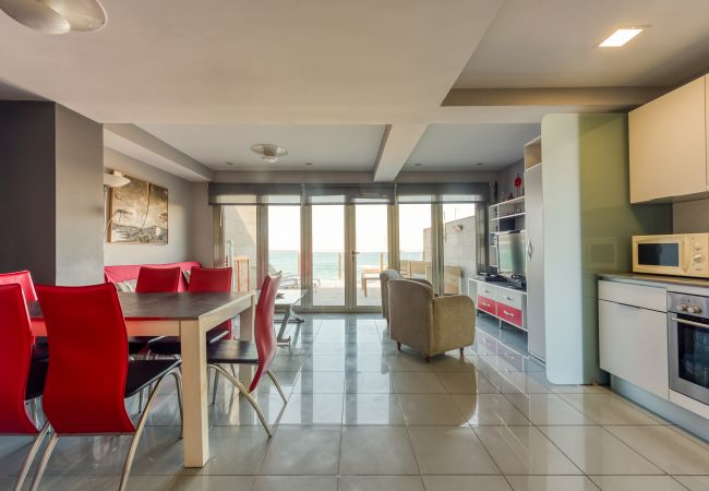 Apartment in Las Palmas de Gran Canaria - GREAT TERRACE IN FRONT OF THE BEACH 6º FLOOR
